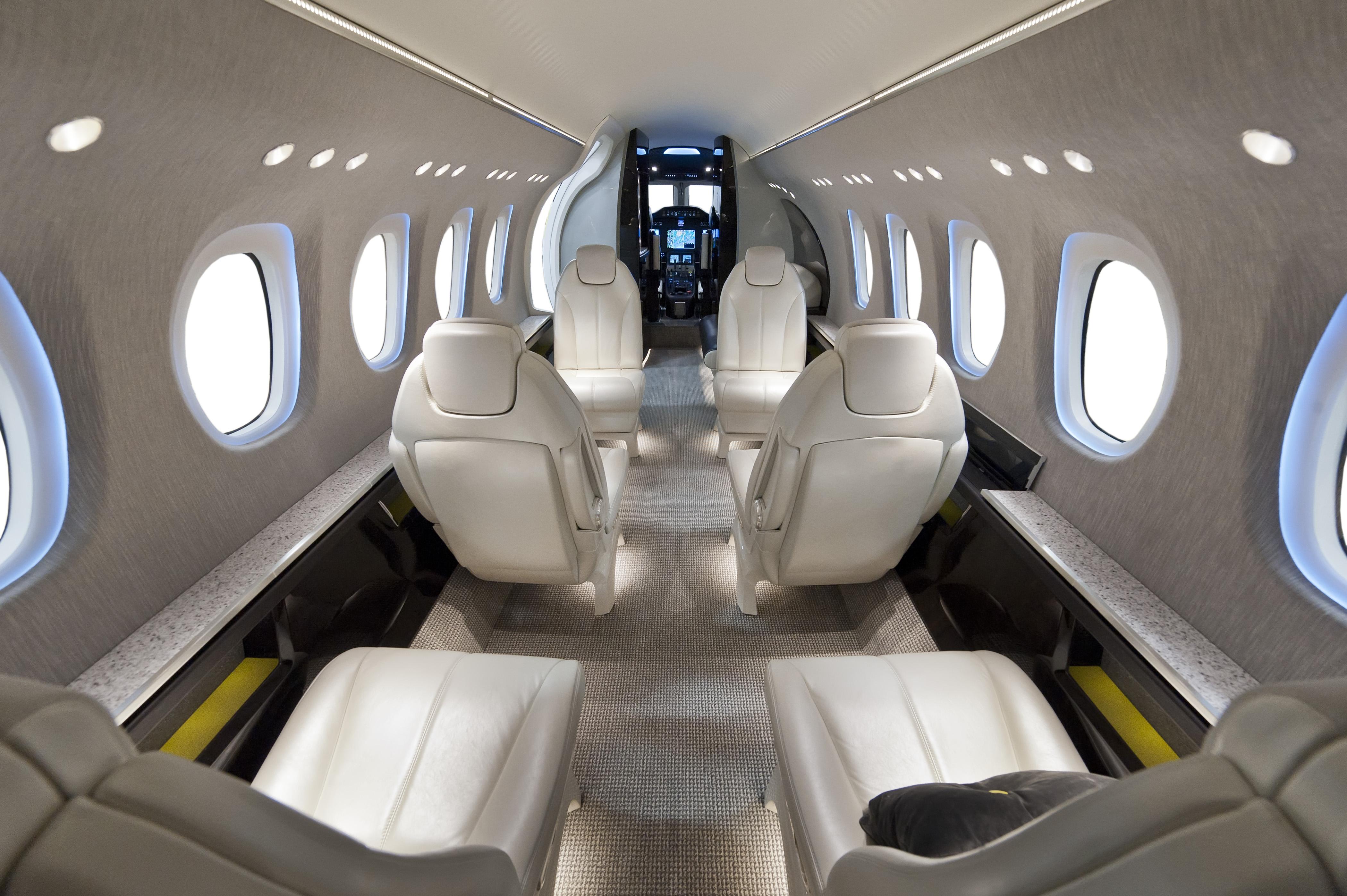Cessna Apresenta Mais Um Avi O Citation Latitude